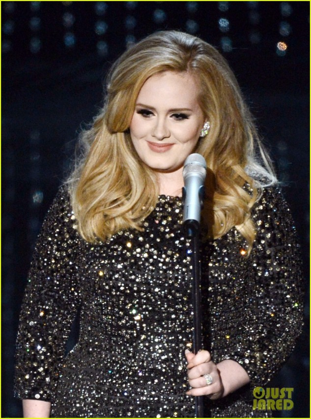adele-oscars-2013-performance-of-skyfall-watch-now-04