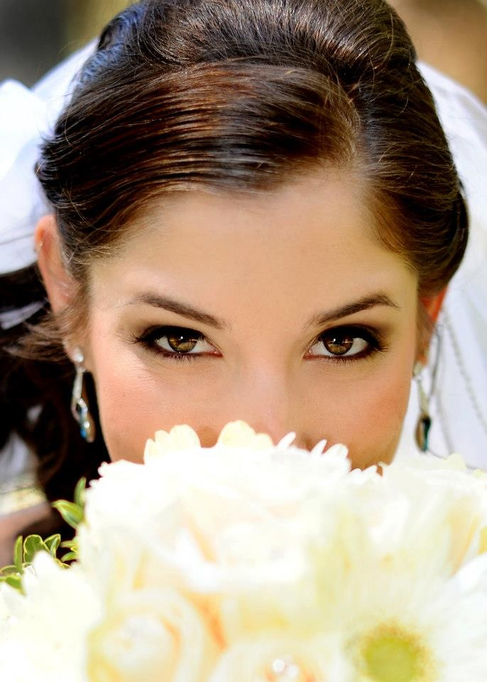 wedding makeup looks for brunettes with brown eyes