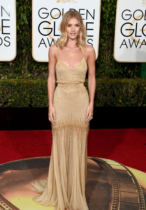 rosie-huntington-whiteley-2016-golden-globe-awards-in-beverly-hills-1_thumbnail