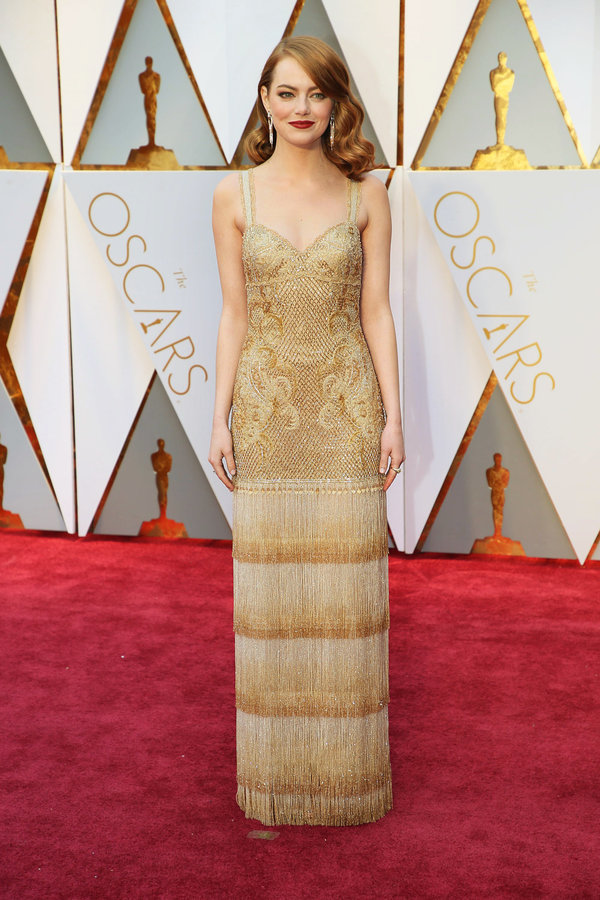 oscars-red-carpet-1758-emma-stone-articlelarge-v3